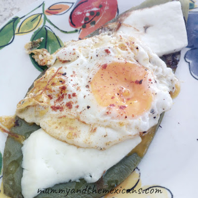 9 Amazing Health Benefits Of Nopal Cactus And How To Cook It - Image Shows Nopal Asado With Cheese And A Fried Egg