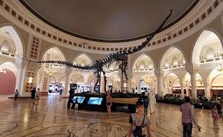 Dubái, Emiratos Árabes Unidos. Centro Comercial Dubai Mall. Dubai Dino.