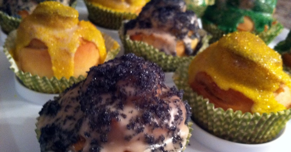 One Couple S Kitchen Mini Cream Cheese Stuffed King Cakes
