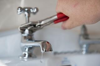 Desatrancos con agua a presión