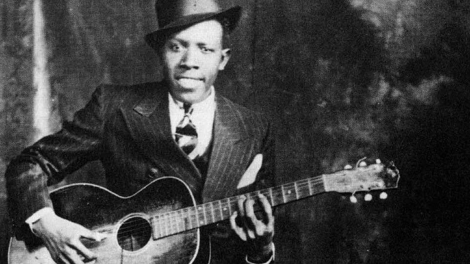 The Blues and Roots Music Blog: What makes the blues sound