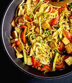 japanese curry udon stir fry recipe by seasonwithspice.com