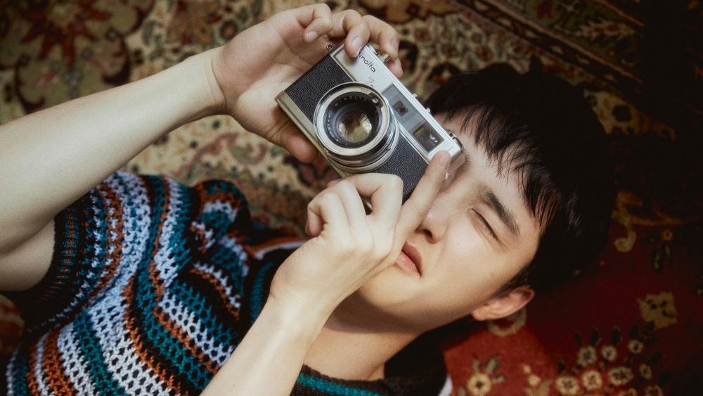 EXO's D.O Makes New History on Hanteo Chart With Solo Mini Album 'Empathy'