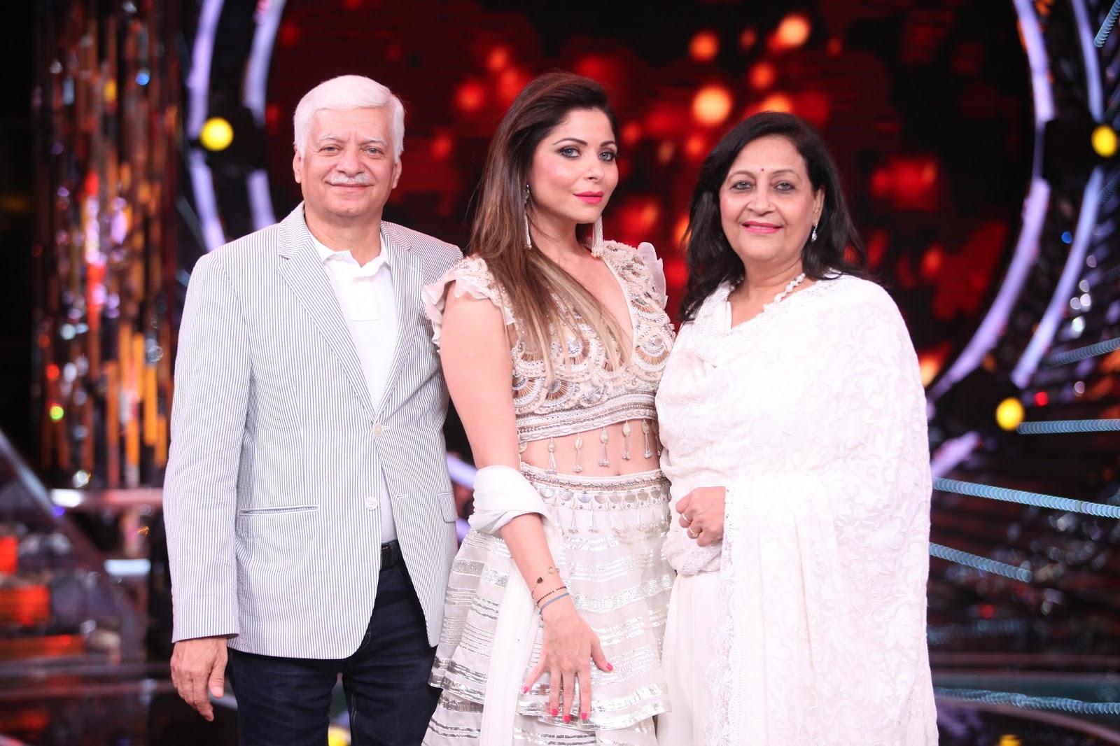 Kanika Kapoor's surprise moment on the sets of Om Shanti Om ...