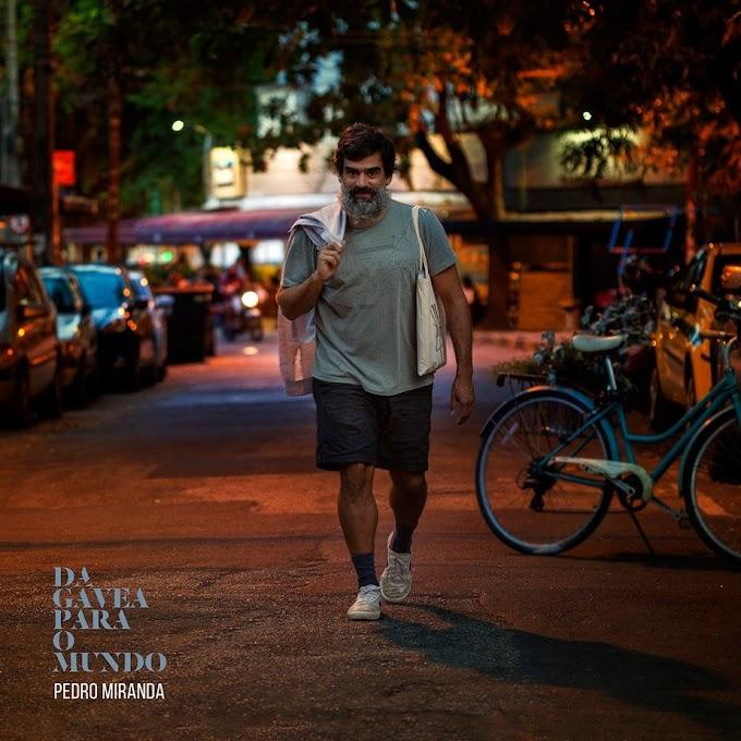 Pedro Miranda lança o quarto álbum solo, 'Da Gávea para o mundo', e documenta roda de samba