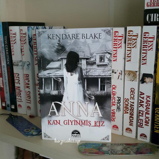 Anna Kan Giyinmis Kız - Kendare Blake