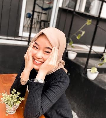 Annisa Fitrah Pakai Hijab