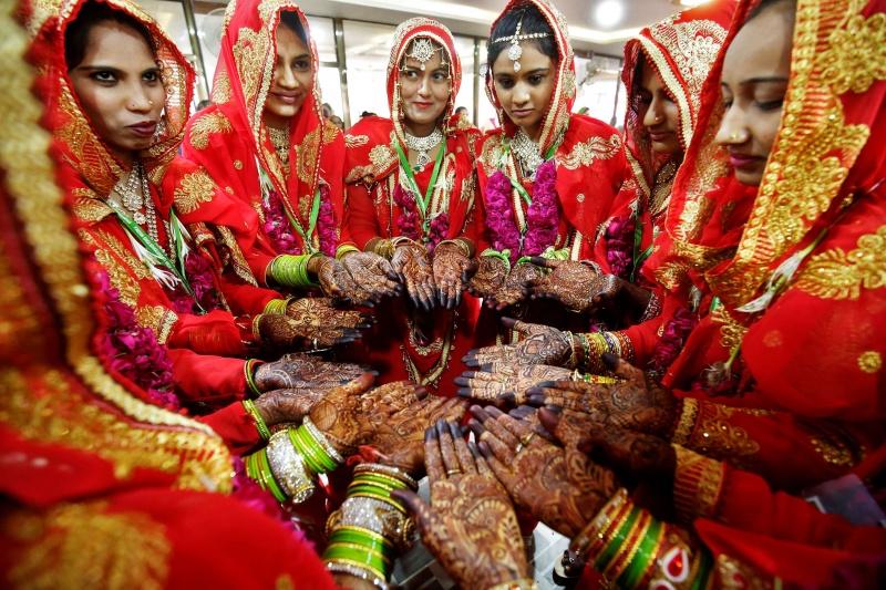 من أغرب عادات وتقاليد الدولة الهند