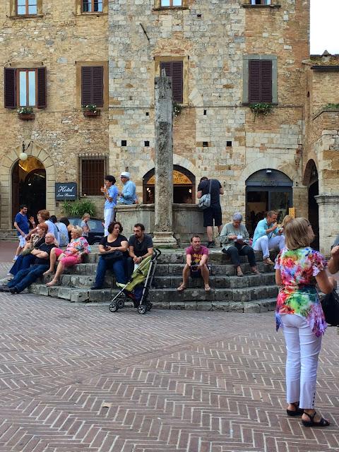 San-Gimignano-Tuscany-Glam-Italia-Tour-10