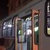 Homem é esfaqueado ao se negar entregar celular durante assalto a ônibus.