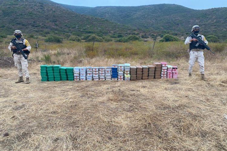 Aseguran 284 kilos de cristal y fentanilo cerca del Cañón Buenavista, en Ensenada
