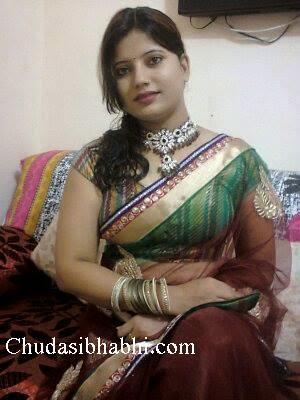mausi ki chudai hindi video 2