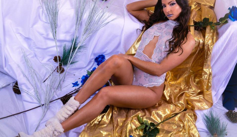 DarlingDelaney Model GlamourCams