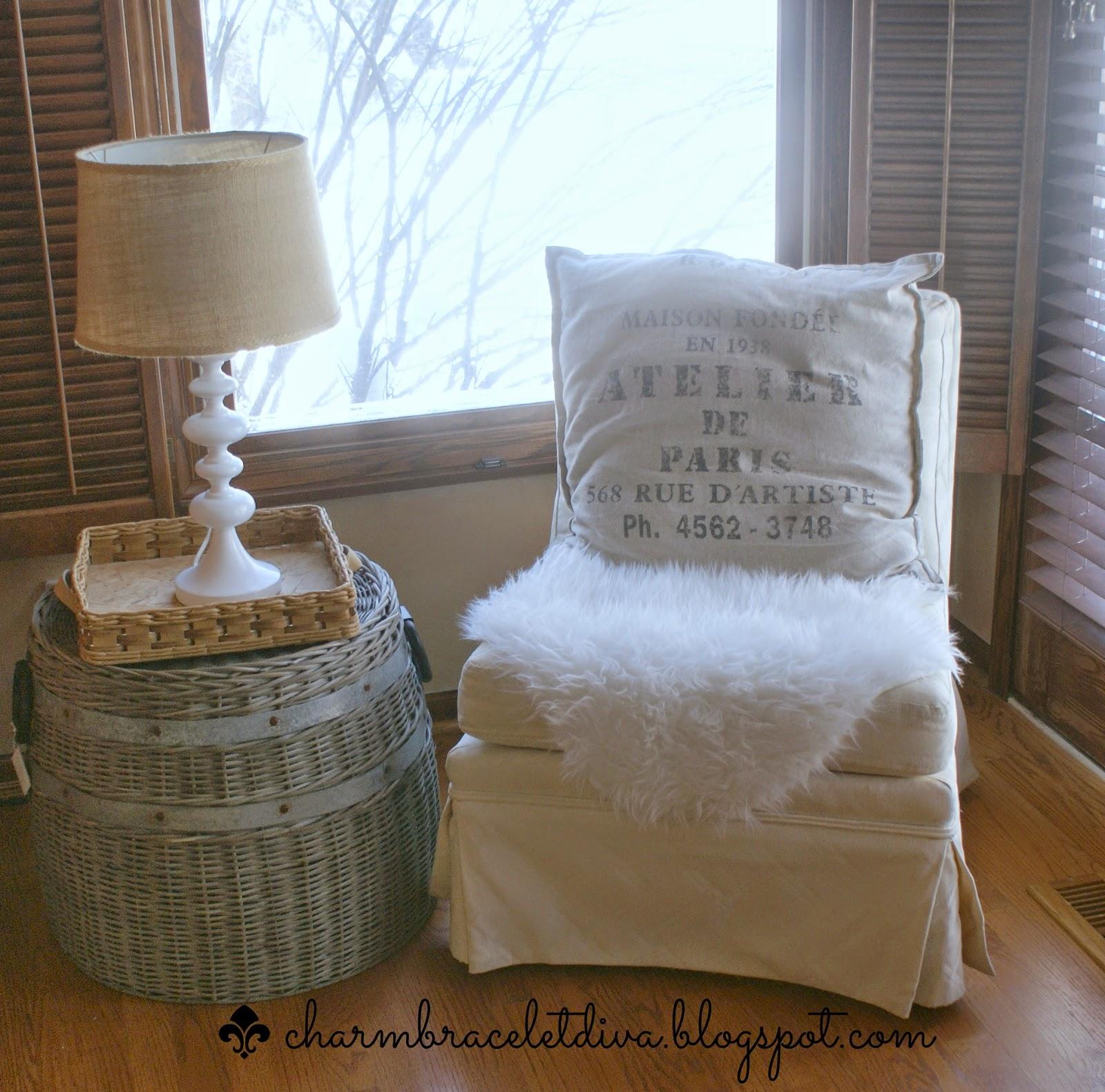 Atelier de Paris pillow