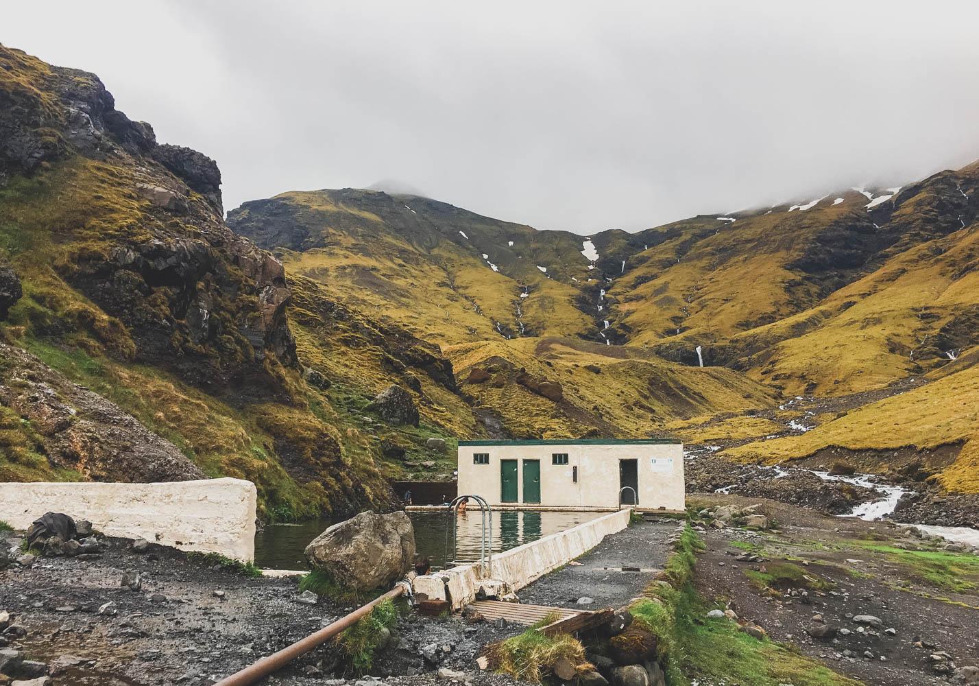 Seljavallalaug - kuuma lähde - islanti