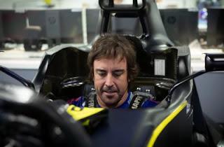 Fernando Alonso preparando el 2021
