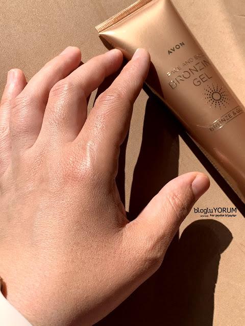 Avon Bronze Glow Yüz ve Vücut için Bronzlaştırıcı Jel kullananlar medium bronze