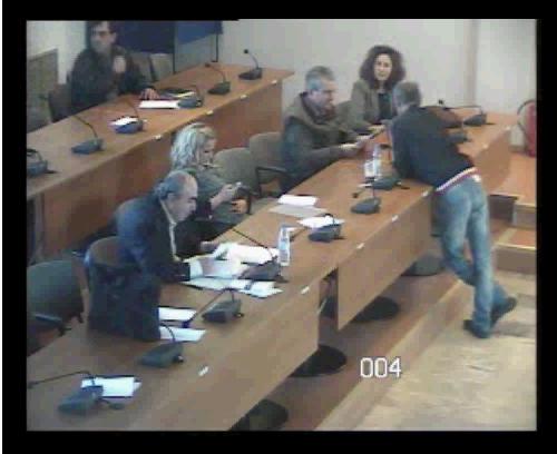 """Βίντεο από την """"κόντρα"""" Καμπόλη-Χειλαδάκη σχετικά με τις νέες κοινωνικές δομές (βίντεο)"""