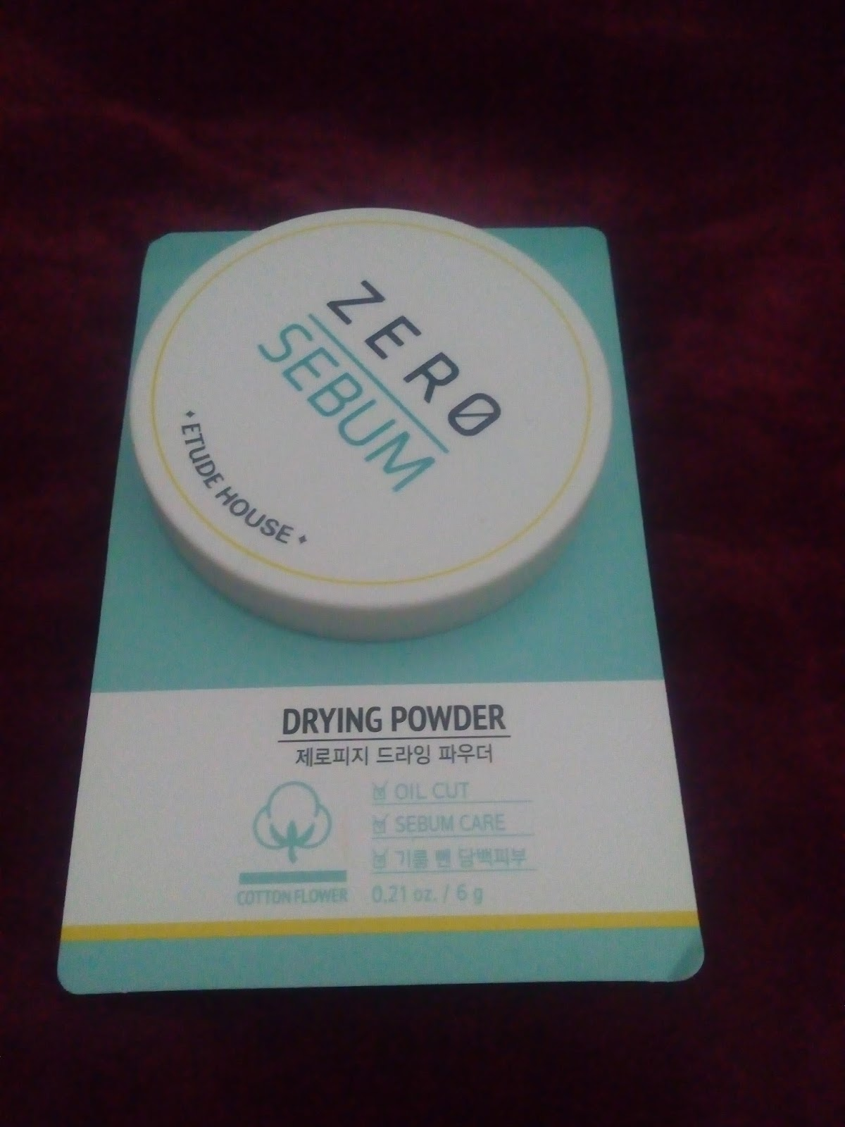 Remembered Review Etude House Zero Sebum Drying Powder New Packaging Absorbs Only And Excessive Oil Helps Get Rids Of Skin Look Clean Clear Free From 5 Harmful Ingredients Such As Talc