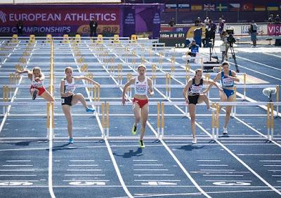 Macam-Macam Nomor Lari Dalam Atletik [Penjelasan & Gambar]