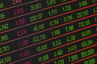 Les marchés financiers sont utiles pour fixer des prix et échanger des risques