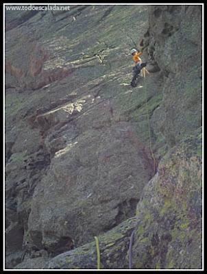 Escalador en la punta Acellu, Bavella