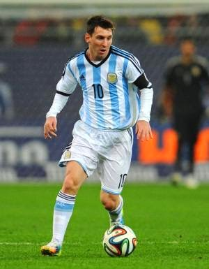 71176f28b9f Many call Messi one of the best soccer players of all time, and he's only  26 years old. It's been a struggle to get Lionel Messi to perform for ...