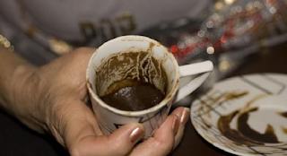 Καφεμαντεία: Μάθε να διαβάζεις το φλιτζάνι και να λες τον καφέ μόνη σου!