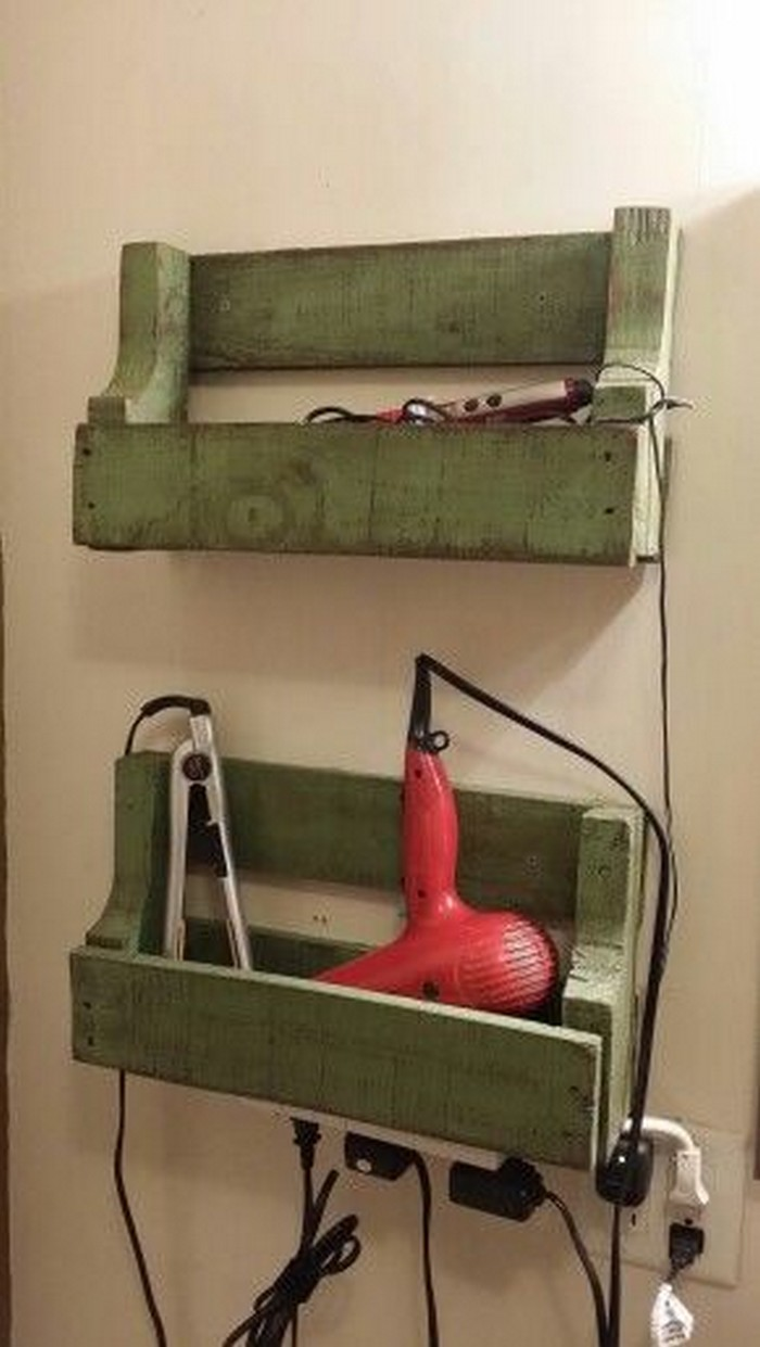 Awesome Pallet Bathroom Mirror Shelf  DIY  101 Pallets