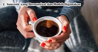 Souvenir Mug adalah Souvenir yang Bermanfaat dan Mudah Digunakan