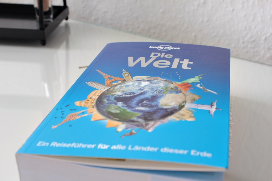 Blogger Box #edition travel the world - www.josieslittlewonderland.de - lonely planet the world, reiseführer