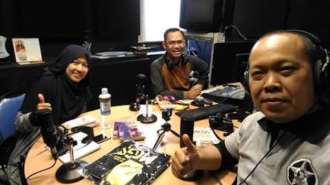 Jalan-jalan Dari Radio Ke Radio