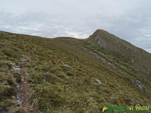 Arista final al Pico Facéu