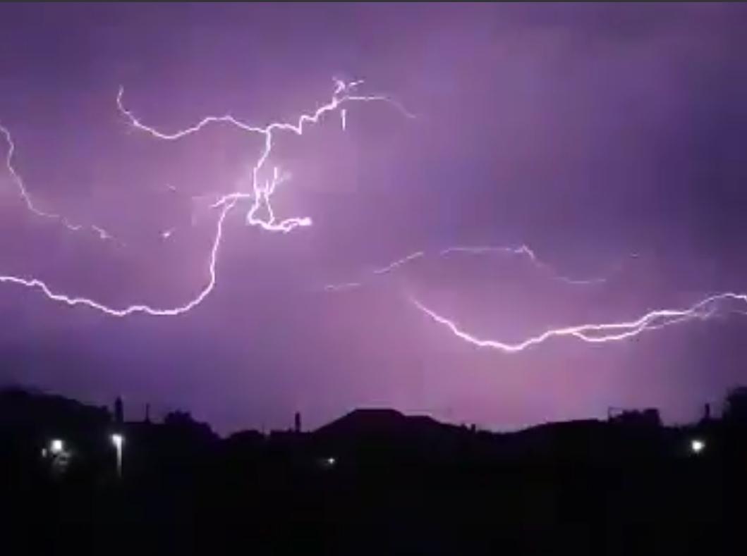 Βροχή κεραυνών στην Ξάνθη