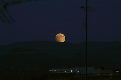 Lluna amb penombra d'eclipsi