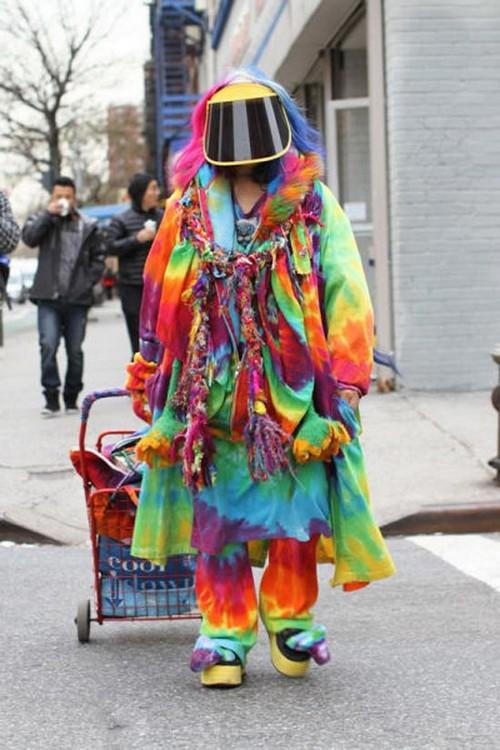 trang phục kỳ dị