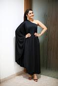 rashi khanna new glam pics-thumbnail-11