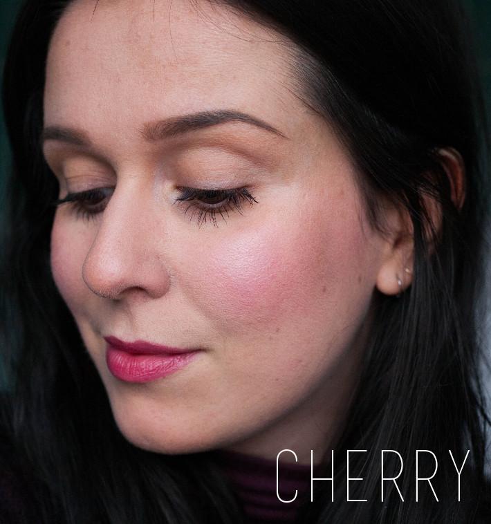Urban Decay x Gwen Stefani blush palette review