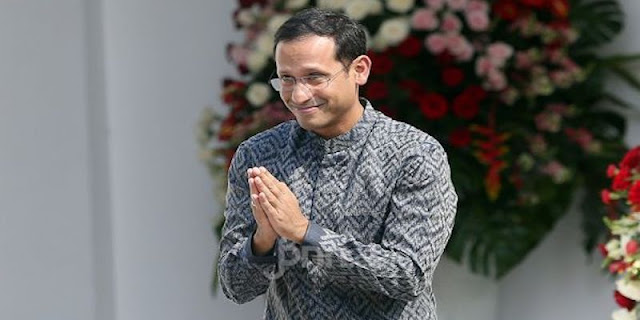 Haris Rusly Moti: Kegagalan Terbesar Jokowi Adalah Mempertahankan Nadiem Makarim