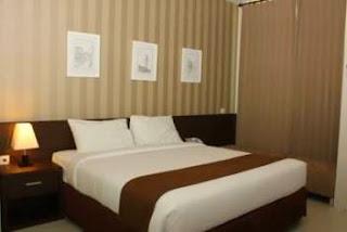 The Square tarif hotel di surabaya dekat bandara
