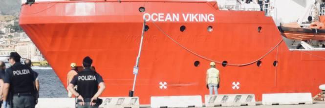 """Globalistų """"didvyrė"""" kapitonė Carola Rackete į Italija vežė nusikaltėlius"""