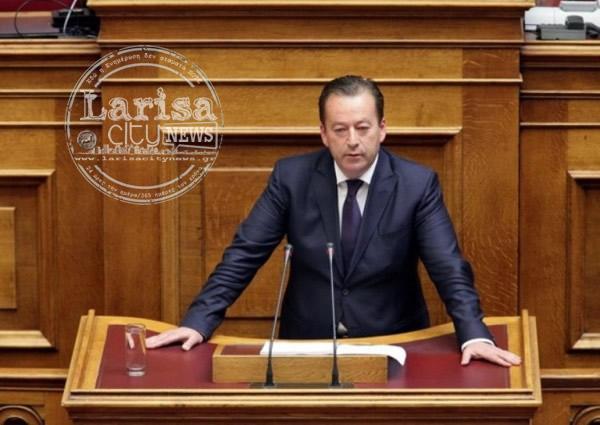 """Βασίλης Κόκκαλης: """"Η κυβέρνηση επιβάλει οικονομικό στραγγαλισμό στα δημόσια νοσοκομεία της Λάρισας"""""""