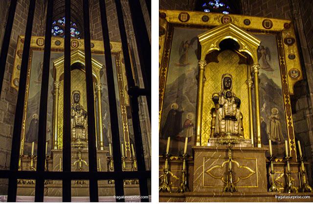 Imagem da Virgem de Montserrat na Catedral de Barcelona