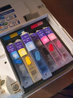 インクをプリンターにセットして完了