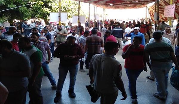 استمرار اعتصام العاملين بالجامعة العمالية لليوم الثالث على التوالى
