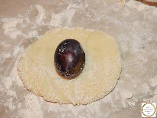 Retete gomboti cu prune preparare reteta de post traditionala romaneasca de casa,