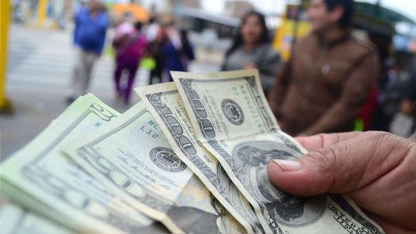 dólar sube Perú
