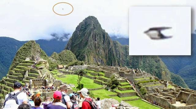 UFO News ~ Glowing Disk photographed over Peruvian Andes near Machu Picchu, Peru  plus MORE Ufo_machu_picchu-ancient_peru_1