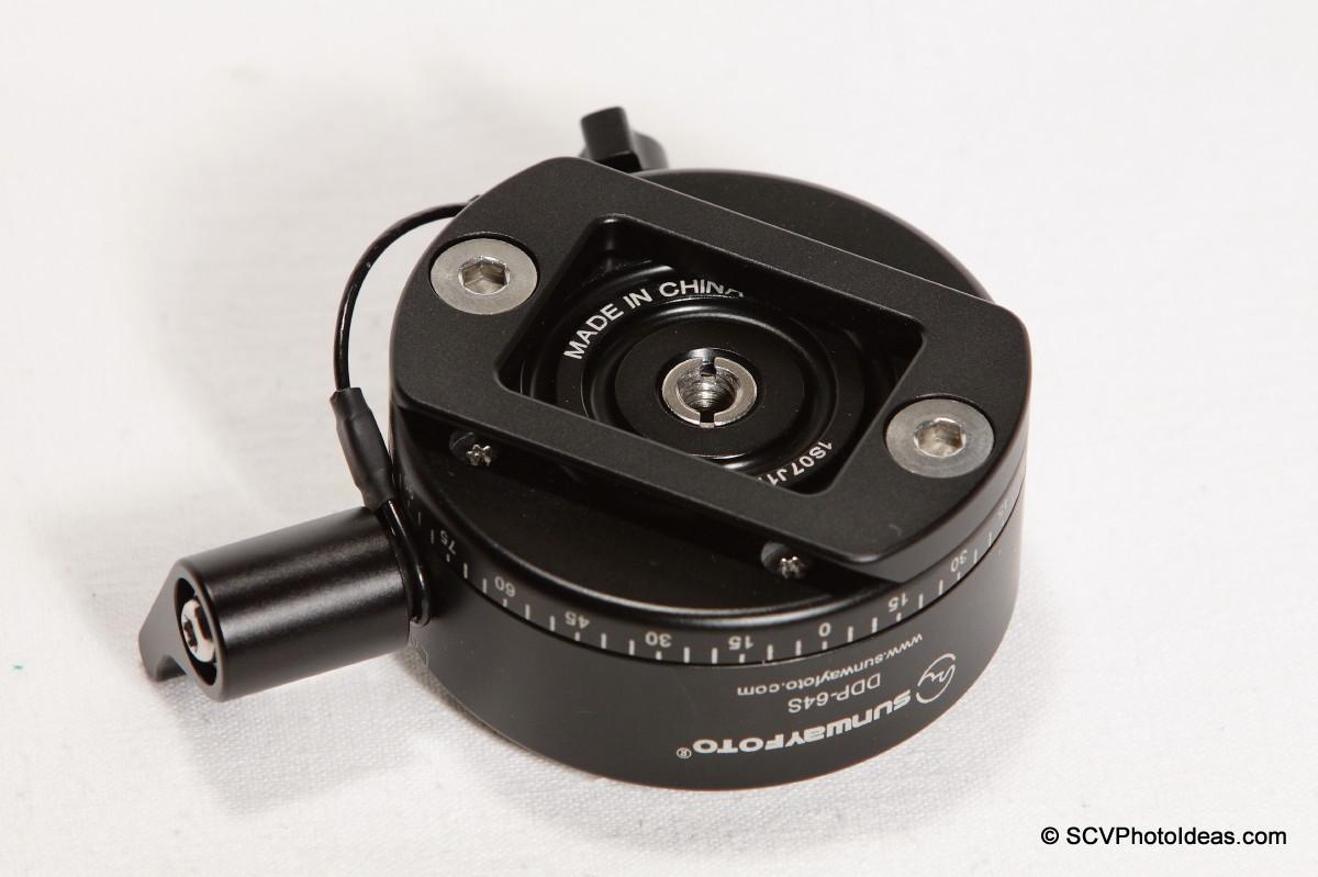 Sunwayfoto DDP-64SX Indexing Rotator bottom view