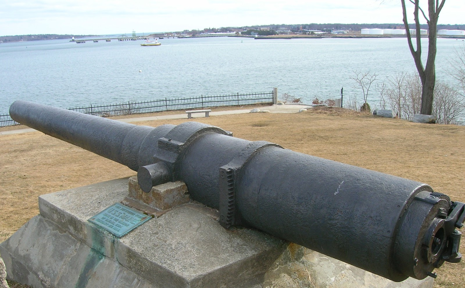 USS Maine cannon